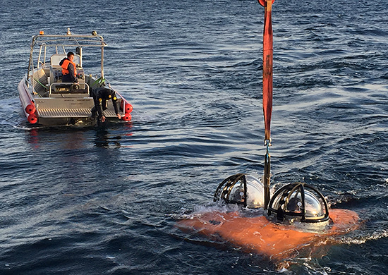 Testing of manned autonomous underwater search-and-rescue vehicles ARS-600
