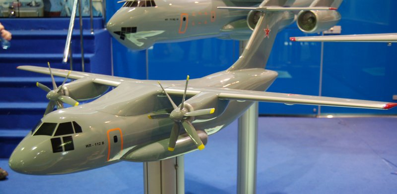 Model of Il-112E at the MAKS-2009