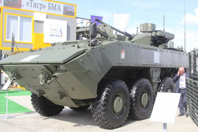 Wheel-based infantry fighting vehicle K-17