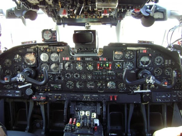 An-26 cockpit, pilot stations