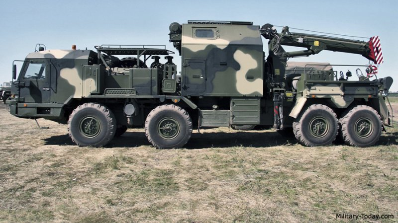Wheel-based middle-size recovery vehicle REM-KS