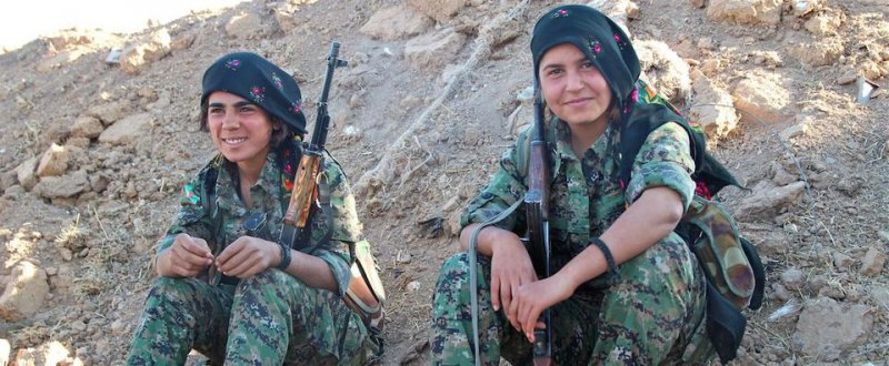 Girls among Kurdish militia