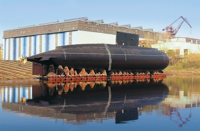 Repair of a diesel electric submarine at Krasnoye Sormovo shipyard